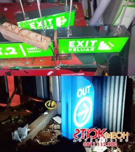 Neon Box 17